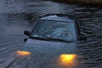 Auto te water (HAVO N1, 2007-II, opg.4)
