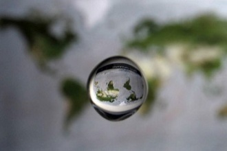 Waterlens (VWO(12), 2010-2, opg 5)