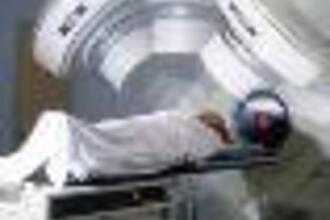 Radiotherapie met jood-125 (HAVO pilot examen, 2014-1, opg 2)
