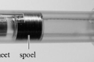Schudlamp (vwo voorbeeldexamen 2016, opg. 2)