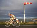 Tegen de wind in fietsen