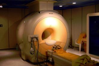 MRI (Magnetic Resonance Imaging) (VWO examen, 2018-1, opg 4)
